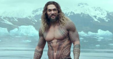 Jason Momoa gets a dye job in preparation for the filming of 'Aquaman.'