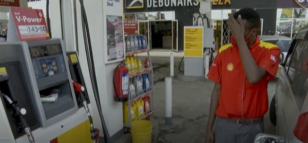 Kenyans voice fury over fuel price hike after subsidies end